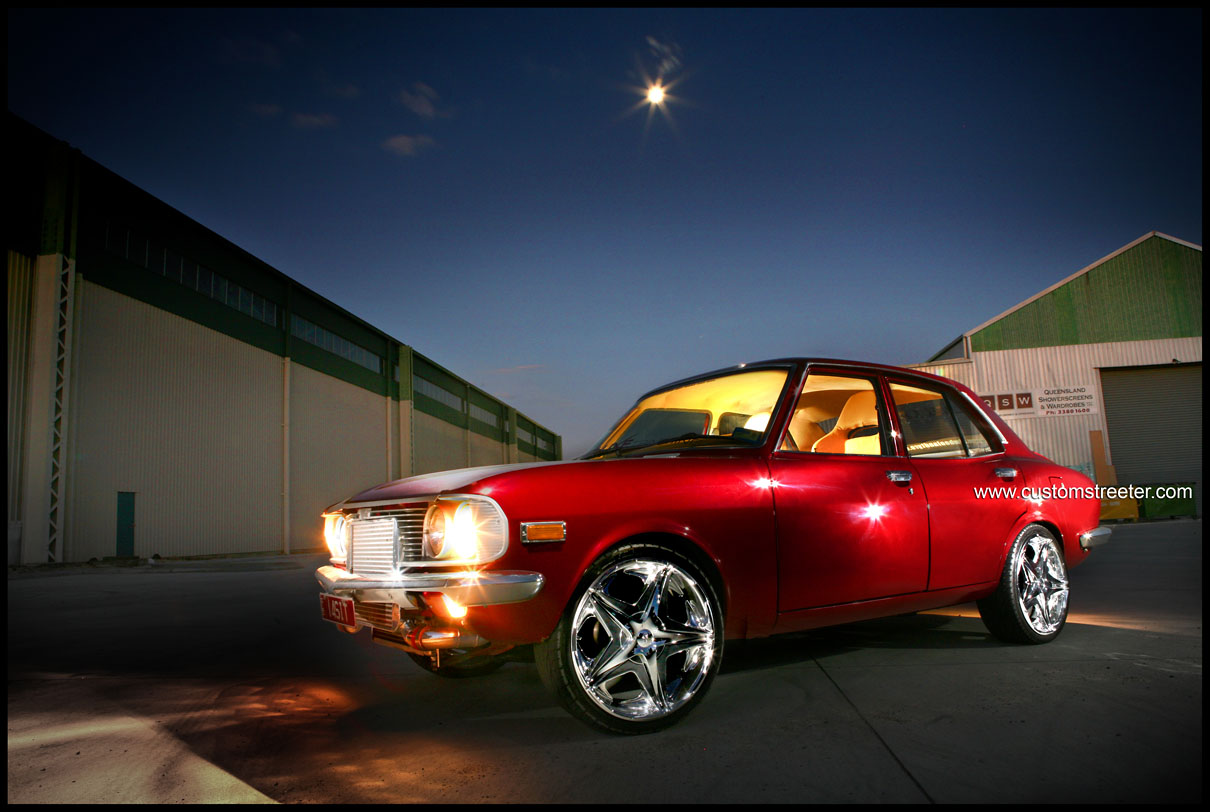 Custom Mazda RX2 Rotary with the most beautiful custom leather trim